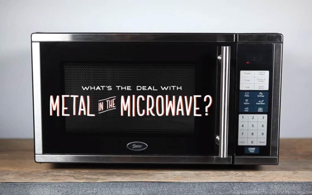 Metaal in de microgolfoven, hoe zit dat nu?